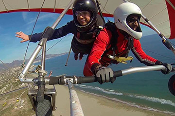 Ala delta biplaza cielo deporte extremo selfie personas