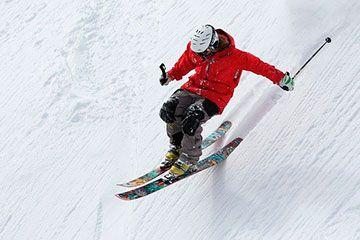 Esqui de montaña travesía Euskadi País Vasco